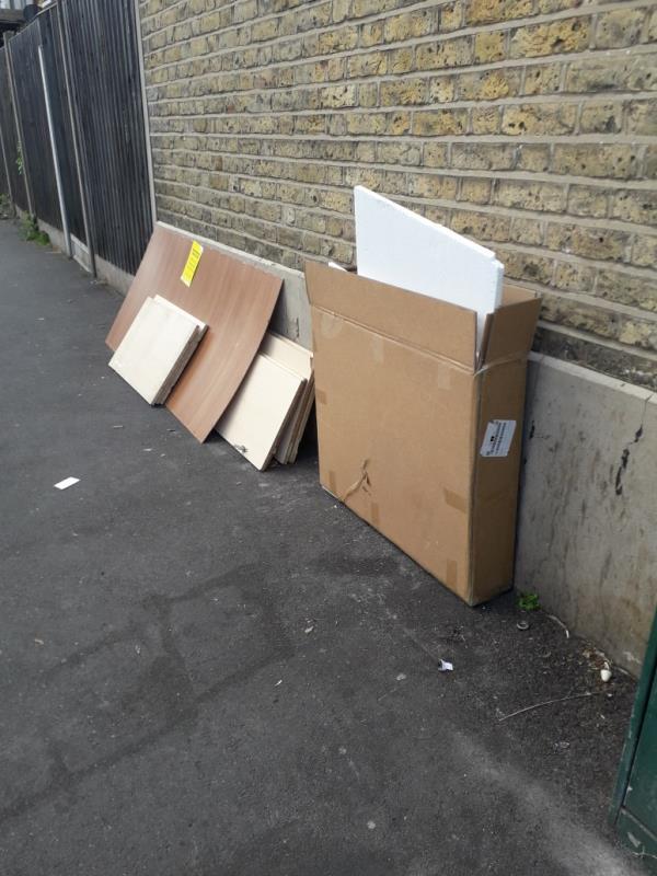 wood-112 Kempton Road, East Ham, E6 2BY