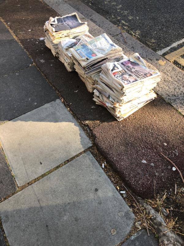 Newspaper, 3 x bundles-1 Ravenhill Road, Plaistow, E13 9BU