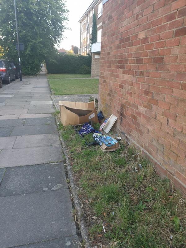 household bag and box of rubnish-7 Upton Court Longford Avenue, London, UB1 3HR