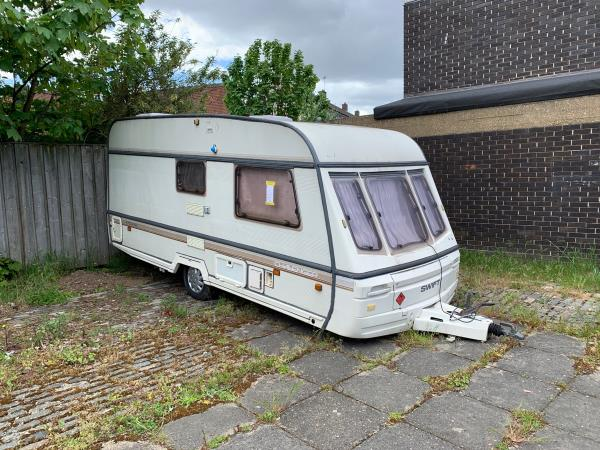 Caravan-44 Ashton Road, London, E15 1DP