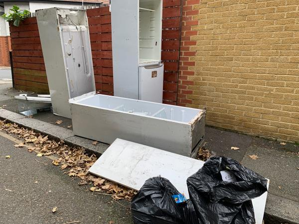 Please remove 3 x fridges - Holly Hedge Terrace jw Morley Road -74 College Park Cl, London SE13 5HA, UK