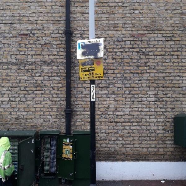 graffiti -81 Shrewsbury Road, London, E7 8AJ