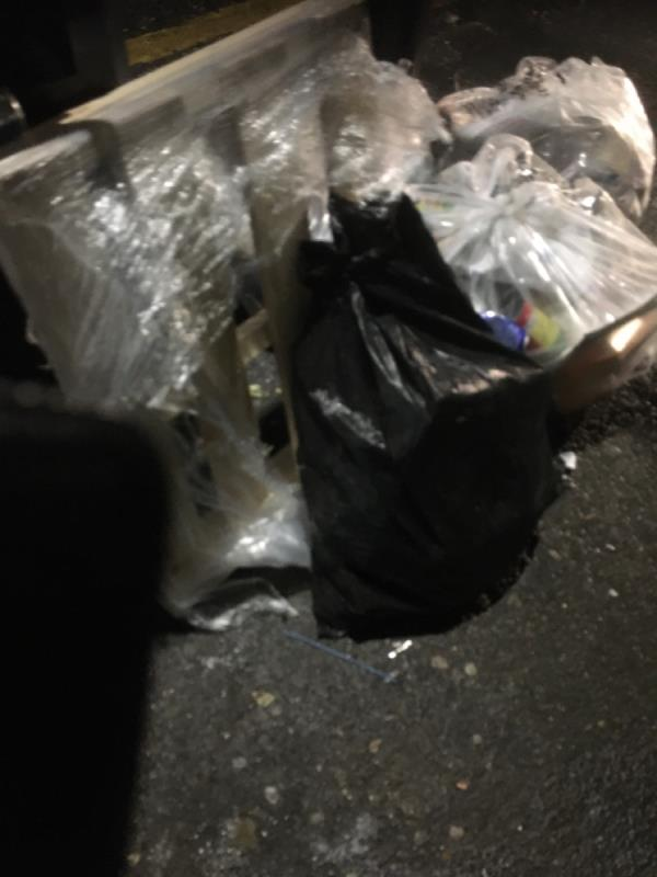 Rubbish -138a Katherine Road, East Ham, E6 1ER