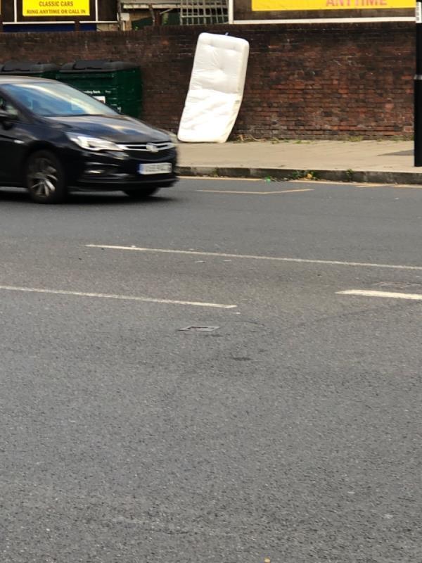Please remove -1 Porthcawe Road, London, SE26 5TA