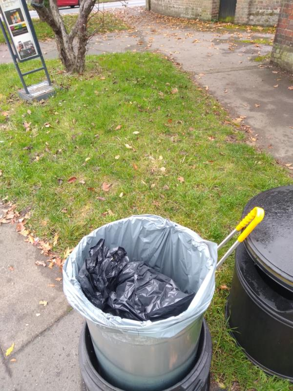 Flytipped household waste bags in bin no evidence taken away -30 Granville Road, Reading, RG30 3QD