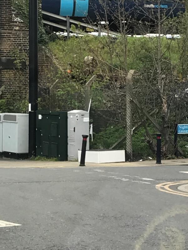 Bedbase Ennersdale junction Nightingale grove-46-48 Ennersdale Road, London, SE13 6JD