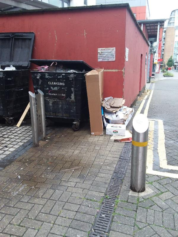 Litter and Bin Bags left at this location-1 Salway Rd, London E15 1NF, UK