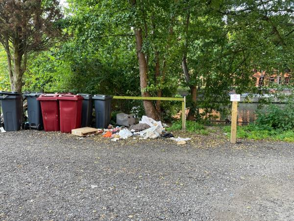 General rubbish overspill and also some one has left windows (!)-13 Crane Wharf, Reading, RG1 3AY