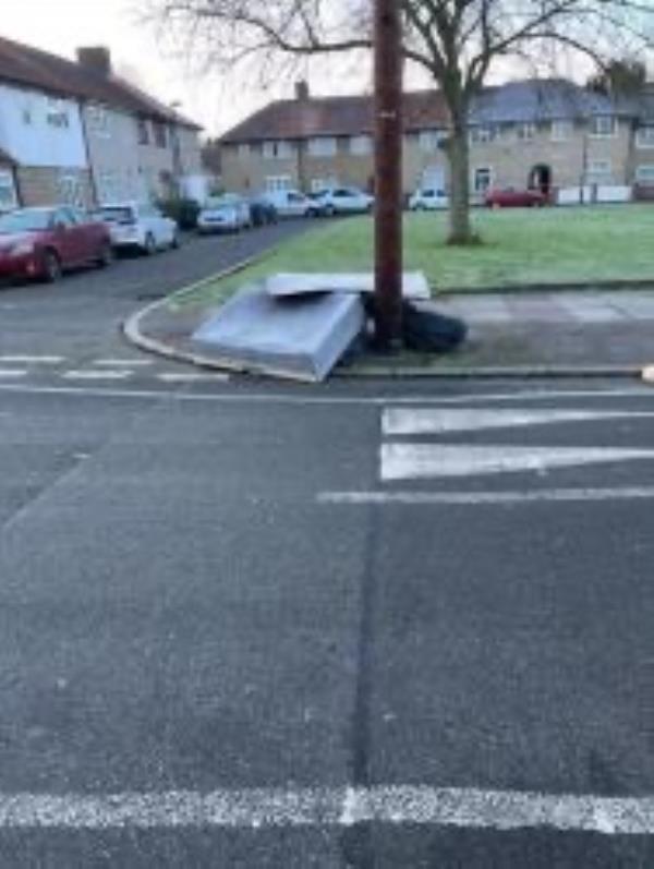 Please clear flytip-50 Oakridge Road, Bromley, BR1 5QN