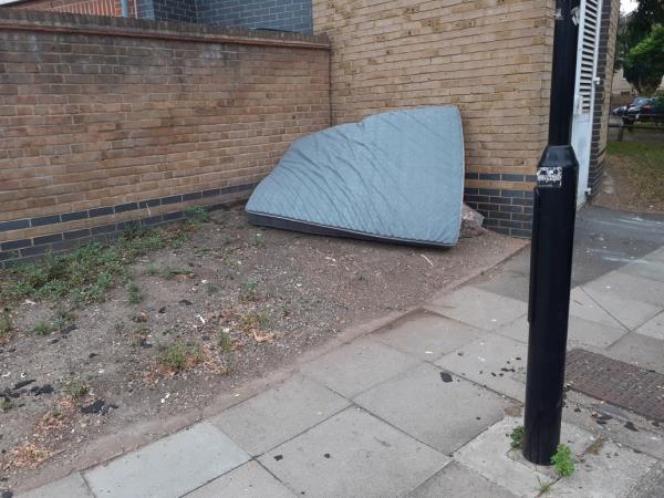 cleared -12 Dorking Close, London, SE8 5NE