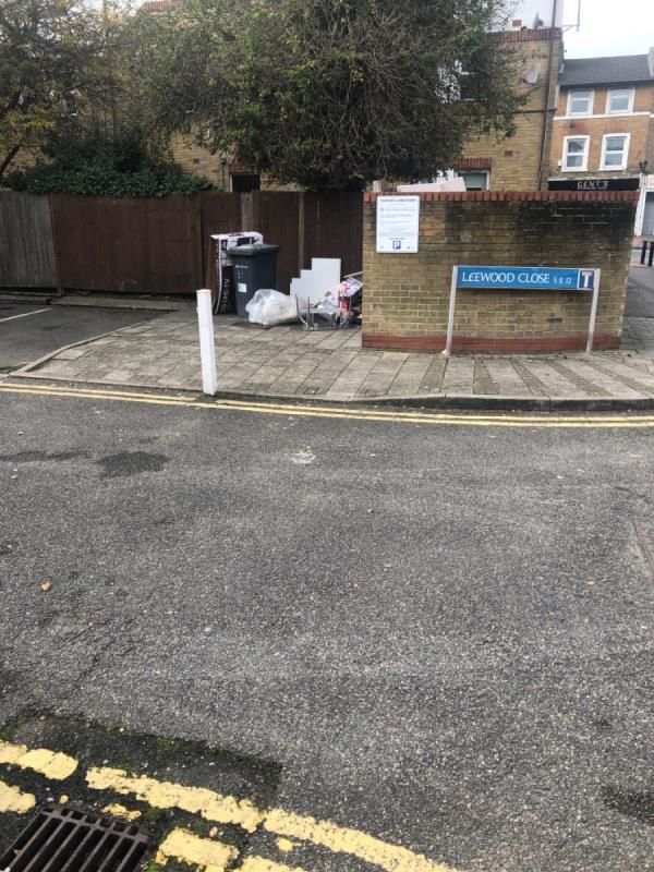 Rubbished dumped.-2 Upwood Road, London, SE12 8AA