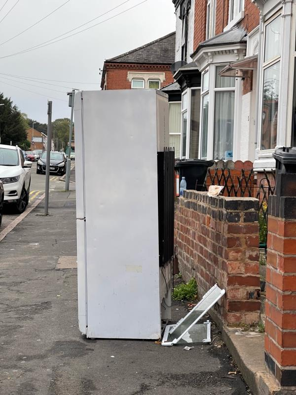 Dumped fridge -2 Shaftesbury Road, Leicester, LE3 0QN