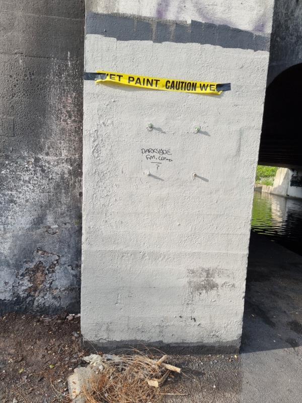 Small tag on wall-Uxbridge Road The Broadway, Hayes, UB1 1PN