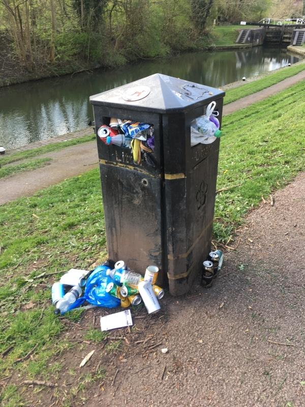 Overfilled bin/ litter-473 Aylestone Road, Leicester, LE2 8TB