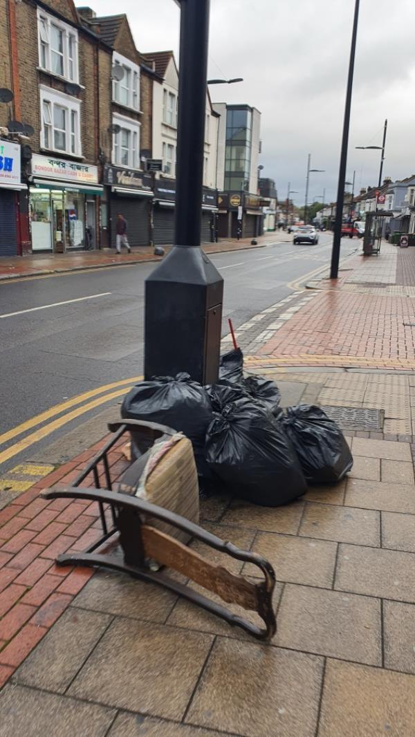 Chair-165 Green St, London E7 8JE, UK