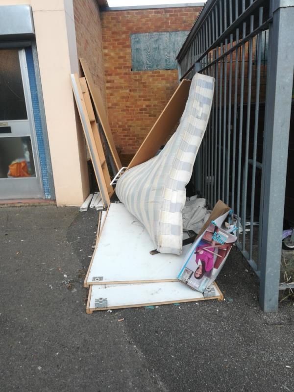 Bed fridge furniture rubbish bags-38a Coronation Square, Reading, RG30 3QN