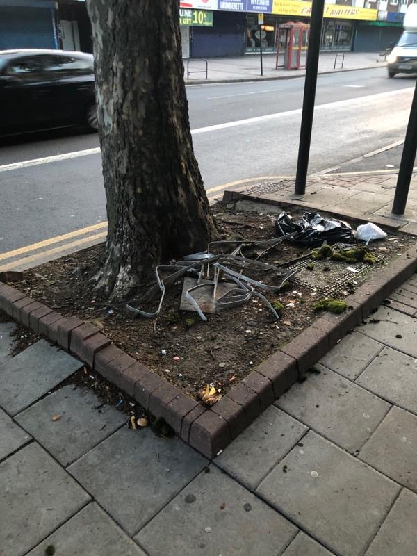 Junk metal ?? Jumped -27B Barking Rd, Upton Park, London E6 1PW, UK
