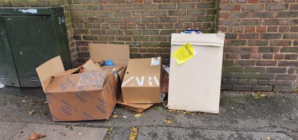 5x cardboard boxes-49 Vincent St, London E16 1LS, UK