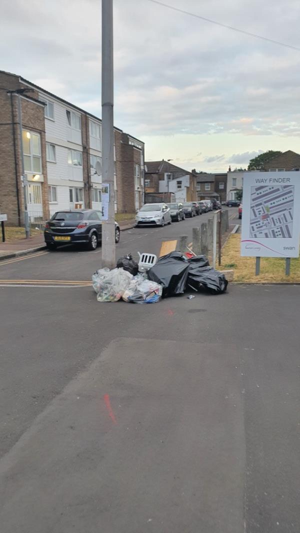 bags-12 Bramall Close, London, E15 1RR