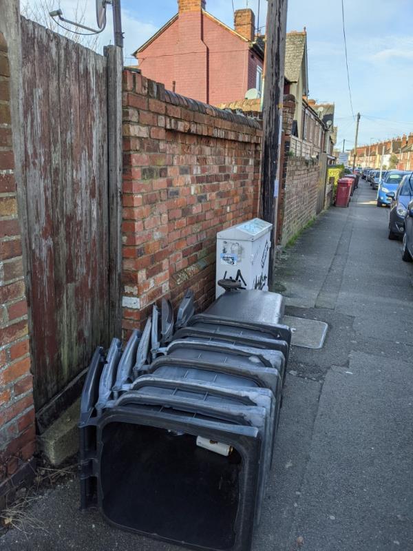 Abandoned bins opposite 170b-170b Liverpool Road, Reading, RG1 3PH