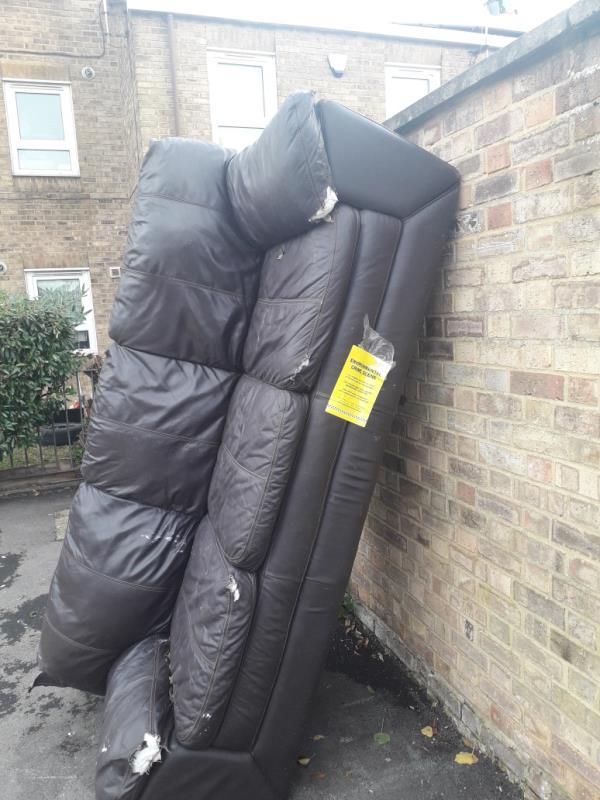 sofa -21 Sandal St, London E15 3NP, UK