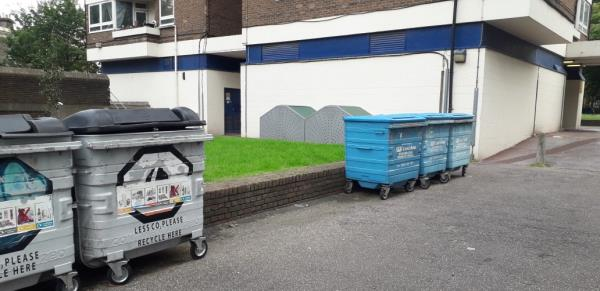 pitman house  weekly fire check  sweeping bags,  baby buggy  image 1-28 Heston Street, London, SE14 6TT