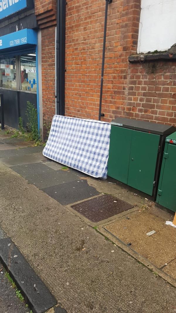 Catford broadway mattress opposite Costa Coffee-3 Catford Road, London, SE6 4SW