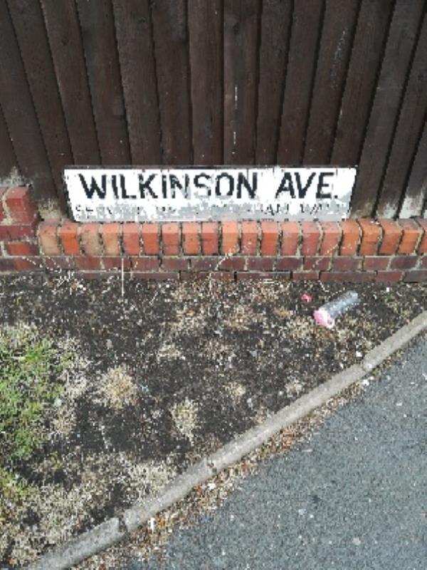 Worn out unreadable Road sign - Wilkinson Ave (serving rear Dereham Walk) -53 Wilkinson Ave, Bilston WV14 8PS, UK