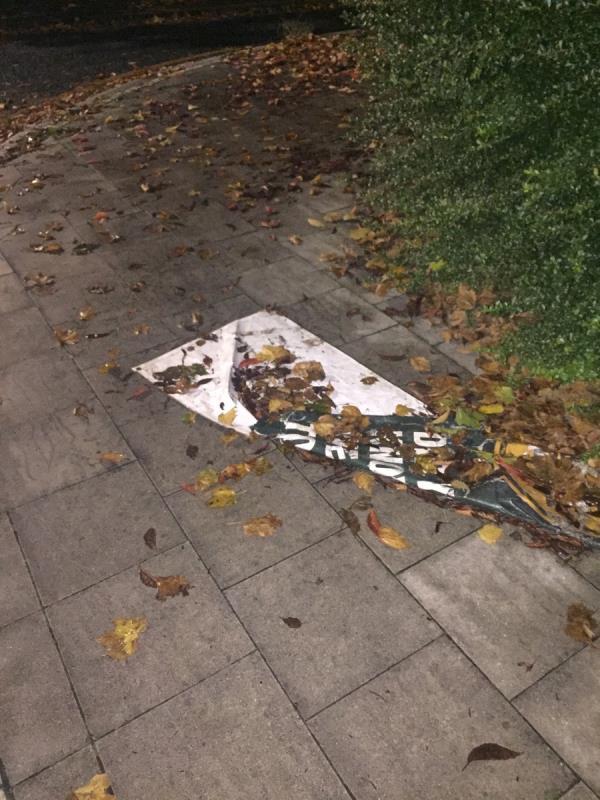 Banner on public pavement -1a Nutmeg Close, Canning Town, E16 4NN