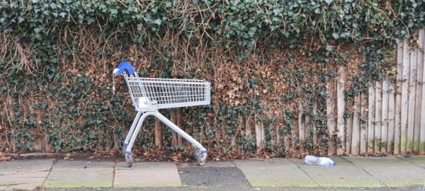 opposite 72 Bankhurst Road-66 Bankhurst Road, London, SE6 4XN