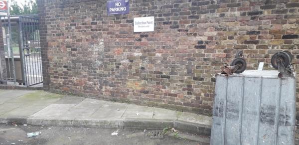 bembridge house   image 1-11 Grove Street, London, SE8 3AT