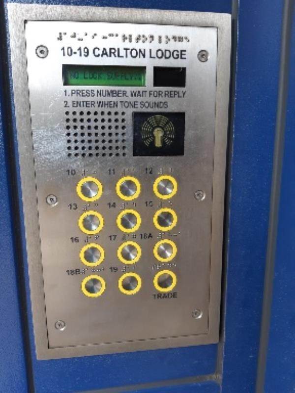 Carlton Lodge10-19 Carlton Road, London, N4 4NJ front entry door not working-Carlton Lodge Carlton Road, London, N4 4NJ