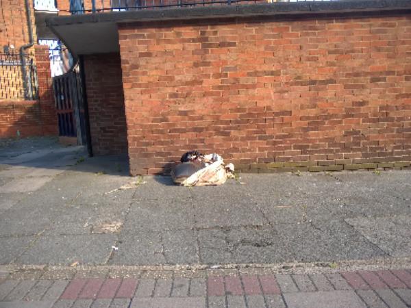 blanket tv-92 High Street, Plaistow, E13 8BE