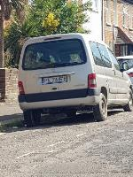 abandoned vehicle, several parking tickets on image 1-16 Chester Street, Reading, RG30 1LR
