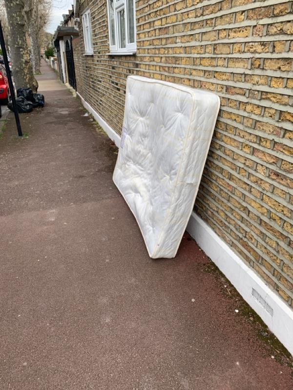 Rubbish on pavement -95a Central Park Road, East Ham, E6 3DW