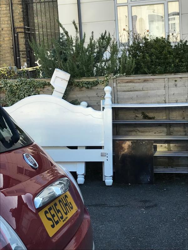 Mobile 10 job Winterbourne Road j/w Blythe Hill Lane -20 Winterbourne Road, London, SE6 4UQ