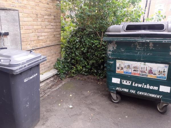 no Lumber-11 Callaghan Close, London, SE13 5RR