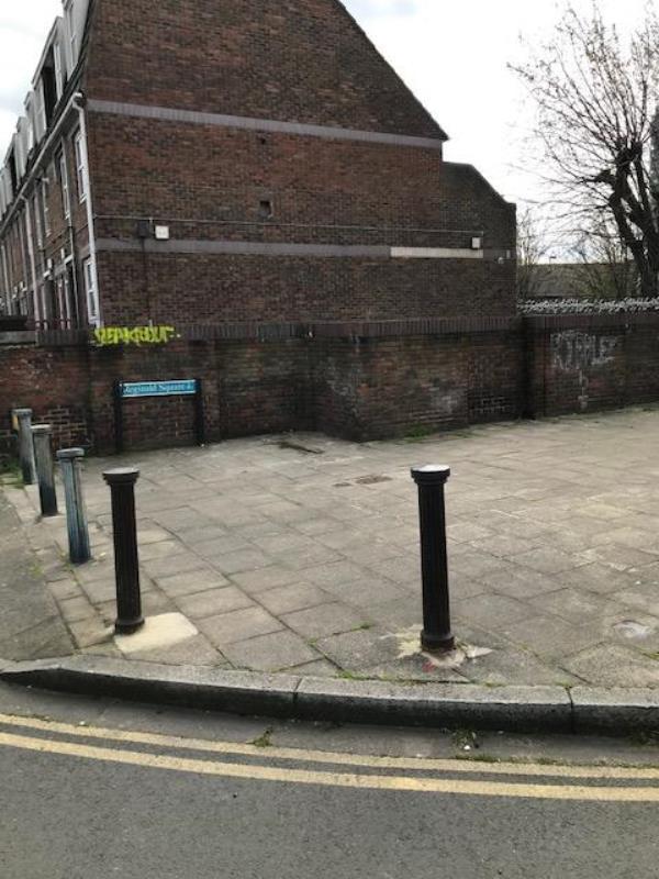 Remove Grafitti from wall-113 Reginald Road, London, SE8 4RN