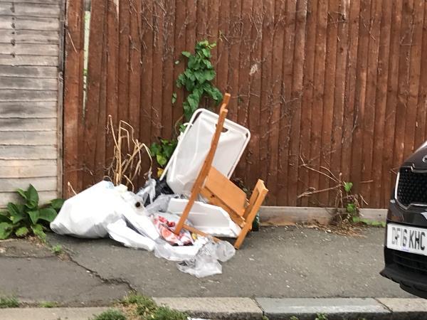 Jutland Road near jw Brownhill Road -66a Brownhill Road, London, SE6 2EW