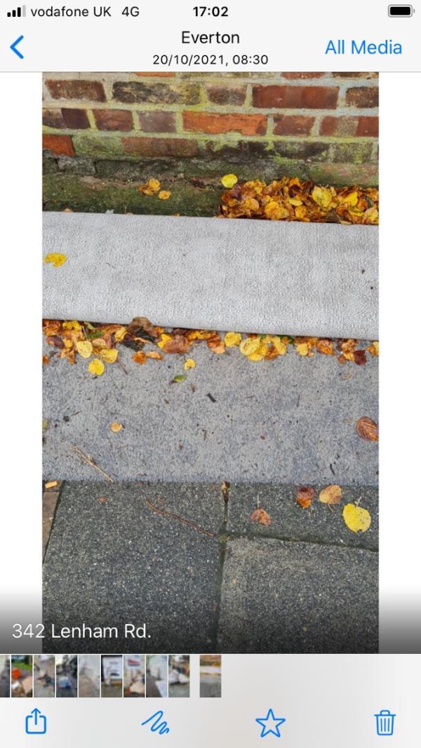 342 Lenham rd - Carpet-3b Lenham Road, London, SE12 8QN