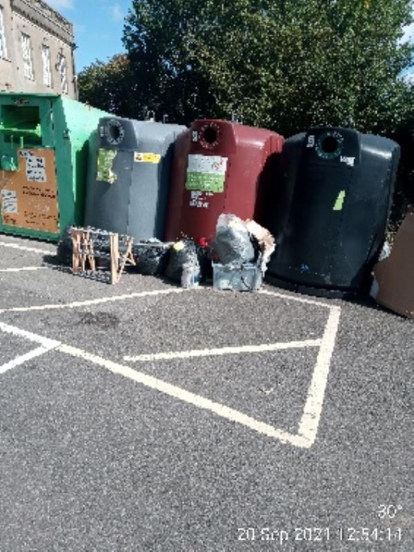 Please clear coley community centre -140 Wensley Road, Reading, RG1 6DW