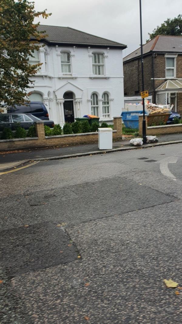 Fridge -53 Hampton Rd, London E7 0NH, UK