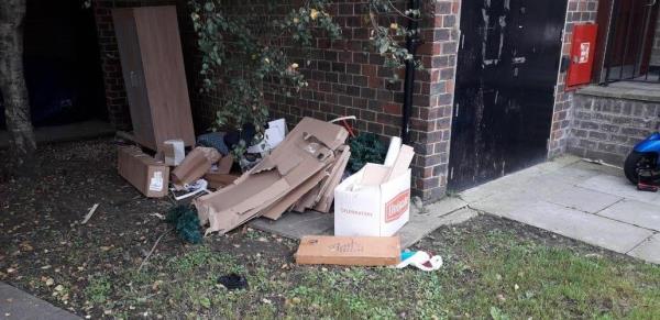 kempthorne road  boxes,  , wardrobe, -86 Carteret Way, London, SE8 3QA