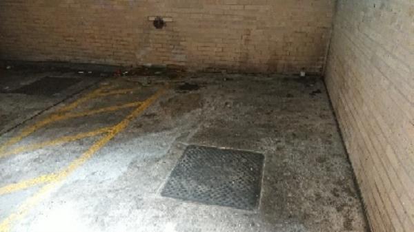 Garrard street parking space -7-11 Station Road, Reading, RG1 1LG