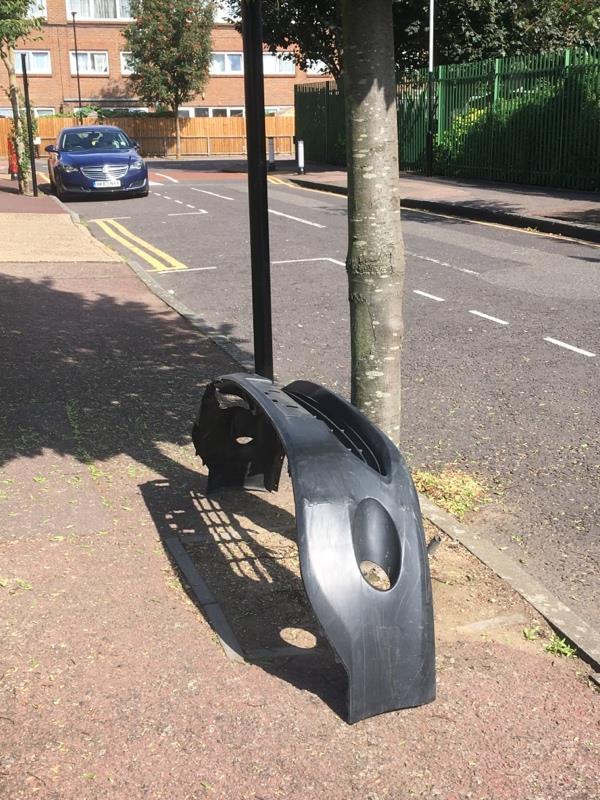 Car bumper -48 Wellington Road, London, E7 9BU