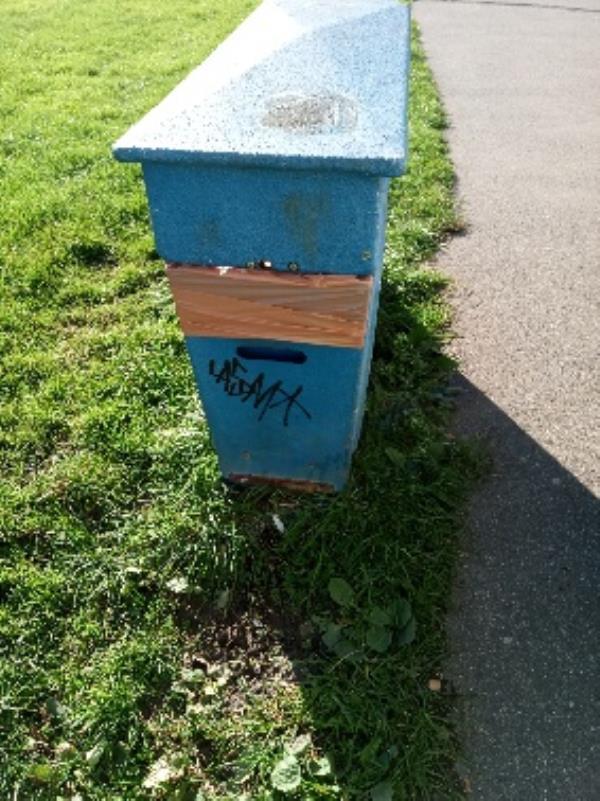 Graffiti on the bin removed -78 George Street, Reading, RG4 8ET