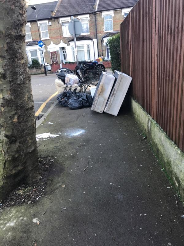 House clearance -152 Rosebery Avenue, Manor Park, E12 6PS