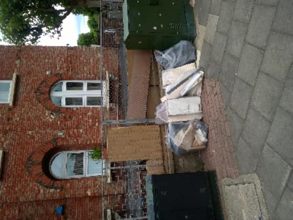 broken down units-13a Terrace Road, Plaistow, E13 0NA