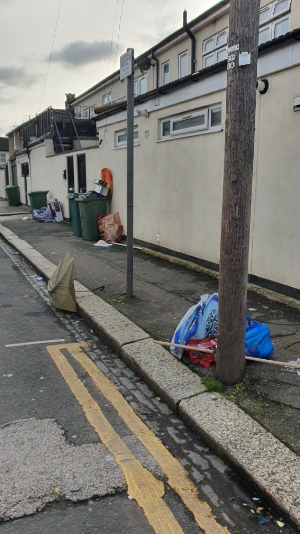 boxes, bags-158 Boleyn Road, London, E7 9QG