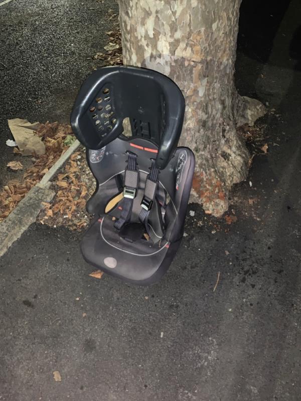 Car seat -30 Lincoln Rd, London E7, UK